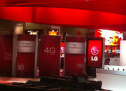 LG G2x spied on CTIA show floor - photo 1