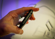 HTC EVO 3D hands-on - photo 4