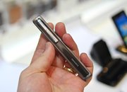 Samsung Slim Stick Type Bluetooth Headset hands-on - photo 5