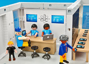 ThinkGeek's Playmobil Apple Store to go on sale for real? - photo 4