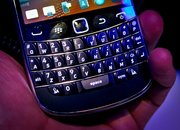 BlackBerry Bold 9900 hands-on   - photo 4
