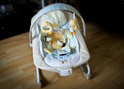 Bright Starts Snuggle Duckling Baby Rocker hands-on - photo 2