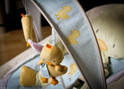 Bright Starts Snuggle Duckling Baby Rocker hands-on - photo 3