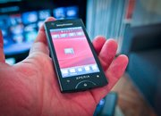 Sony Ericsson Xperia Ray hands-on - photo 2