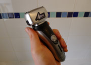Panasonic ES-RF41 4-blade Wet and Dry shaver hands-on - photo 2