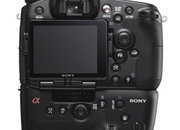 Sony Alpha A77 pics leaked? - photo 1