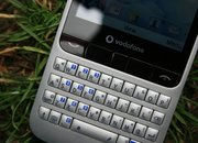 Vodafone 555 Blue hands-on - photo 2