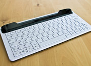 Samsung Galaxy Tab 10.1 Keyboard Dock hands-on - photo 2