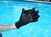 Darkfin gloves hands-on - photo 3