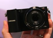 Samsung NX200 hands-on - photo 2