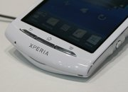 Sony Ericsson Xperia neo V pictures and hands-on - photo 3