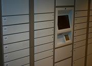 Amazon locker invades UK shopping centre - photo 5