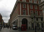 iPhone 4S launch day: Covent Garden awaits   - photo 4