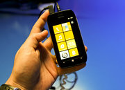 Nokia Lumia 710 pictures and hands-on - photo 2