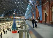 LEGO Christmas tree decks the halls at St. Pancras Station - photo 4