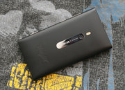 Nokia Lumia 800 Batman Edition pictures and hands-on - photo 2