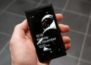 Nokia Lumia 800 Batman Edition pictures and hands-on - photo 3