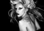 Lady Gaga Twitter hack tricks fans into free iPad 2 scam - photo 1