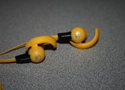 Monster iSport Livestrong earphones pictures and hands-on - photo 3