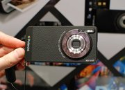 Polaroid SC1630 Android cameraphone pictures and hands-on - photo 3