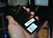Intel Medfield Atom Android smartphone pictures and hands-on - photo 5