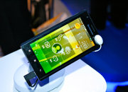 Lenovo K800 Intel Medfield Atom smartphone pictures and hands-on - photo 2