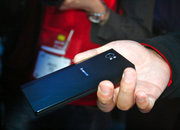 Lenovo K800 Intel Medfield Atom smartphone pictures and hands-on - photo 3