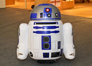 RC R2-D2 marks start of Bladez Star Wars Pump & Play range (video) - photo 2