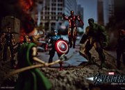 Do The Avengers toy pictures reveal movie secrets? - photo 3