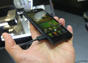 LG Optimus 3D Max pictures and hands-on - photo 2