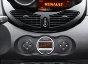 Renault opts for iPhone CoPilot Live GPS in new Twingo - photo 3