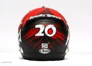 Heikki Kovalainen to wear Angry Birds helmet for F1 2012 - photo 5