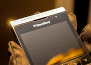 BlackBerry Porsche Design P'9981: Harrods titanium edition pictures and hands-on - photo 5