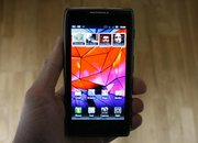 Motorola RAZR MAXX pictures and hands-on - photo 2