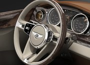 Bentley shows off its concept SUV complete with picnic hamper boot - photo 4