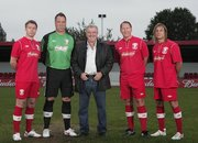 FA Cup back on Facebook as opening match is live streamed - David Seaman, Ray Parlour and other stars to play - photo 1