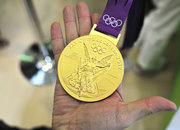 London 2012 Olympic gold medal pictures and hands-on - photo 3