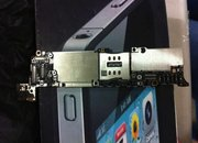 iPhone 5 motherboard spotted, but what does it tell us? - photo 1
