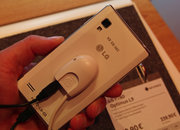LG Optimus L9 pictures and hands-on - photo 5