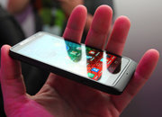 Motorola RAZR i pictures and hands-on - photo 3