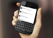 BlackBerry 10 phones leak, meet the new Qwerty BB 10 Bold - photo 2