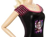 Barbie Photo Fashion Doll has hidden camera and LCD T-shirt display - photo 4