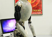 I, Robot 3D: US Robotics NS-5 pictures and hands-on - photo 3