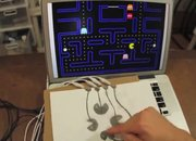 MaKey MaKey kit turns everyday objects into actual computer controllers (video) - photo 3