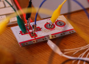 MaKey MaKey lets you control games with fruit - photo 2