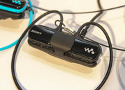 Sony Walkman W273: Return of the Walkman, this time for exercise junkies - photo 4
