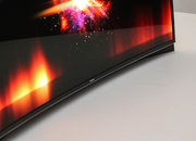 Samsung and LG fight for world's first curved OLED screen title   - photo 3