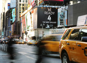 New Yorkers told to get ready for Samsung Galaxy S4 launch, signs appear above Times Square venue - photo 2