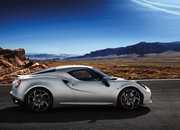 Alfa Romeo premieres two-seater 4C at Geneva Motorshow, F1-style tech in £50k road car - photo 4