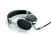 Speaker brand KEF brings its audio knowhow to headphones, unveiling M500 and M200 sets - photo 1